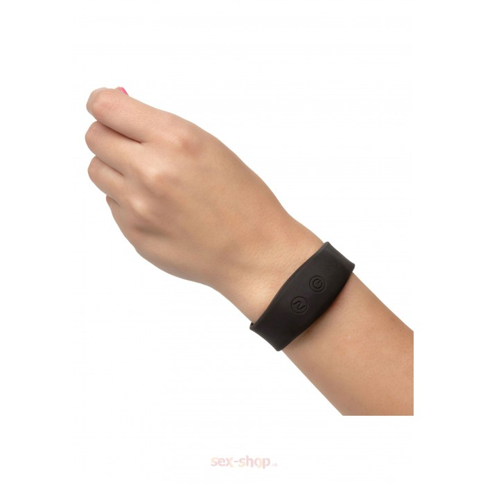 CalExotics Wristband Remote Petite Bullet вибропуля с браслетом, 7х2 см